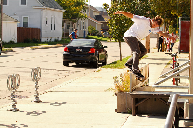 Max Murphy, Bs Smith