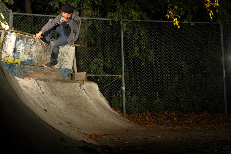 Nick Mistele, No Comply Wallride Bonless Out