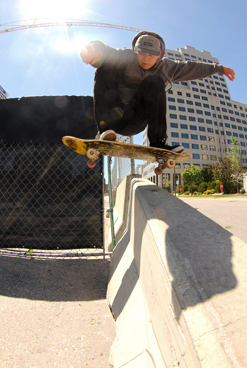 Nick Mistele, Switch Wallie