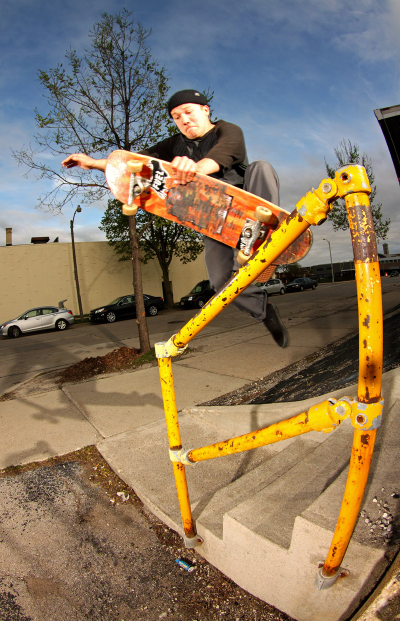 Vince Stranc, Boneless