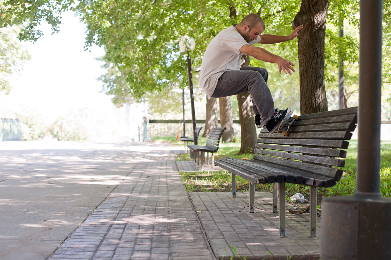 Max Murphy - Bench Frontside Wallride