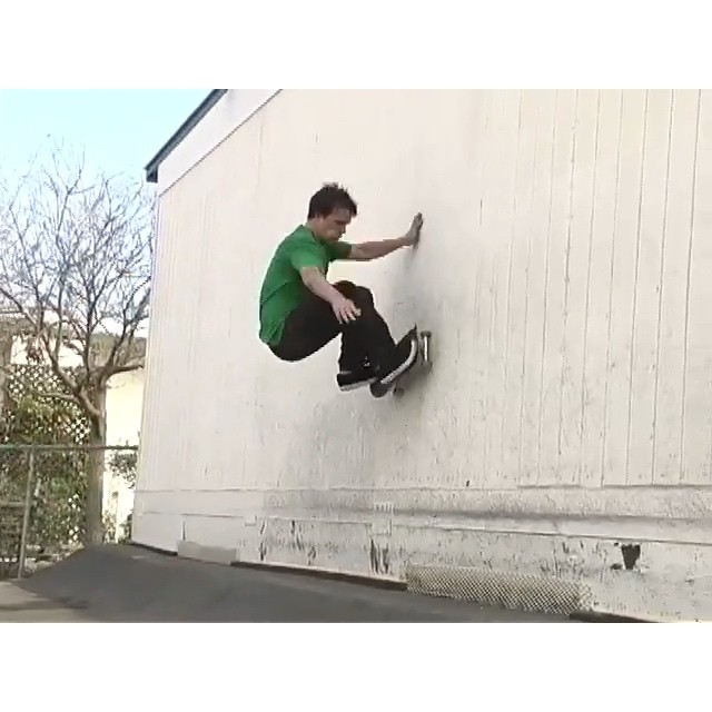 One of the top dogs in the game, @urbusted has a new video part premiering along with a ton of other Milwaukee shredders in @joeybeaver new Born to Roll vid!! Tomorrow, Down and Over Pub on Kk, 8pm, 21+. Saturday @skyhigh1988 5pm, all ages.  Here's some old stuff I filmed of Danny over the years, one of my all time favorites!  #milwaukeeskateboarding #wiskate
