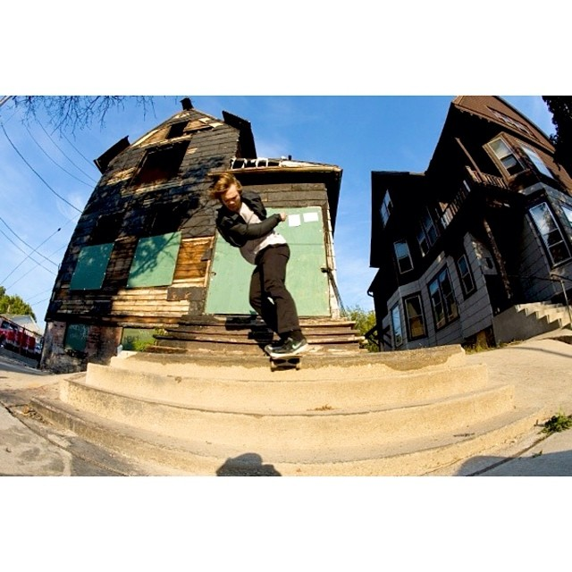 @naughtiernordy switch backside lipslide.  #wiskate #keithurban