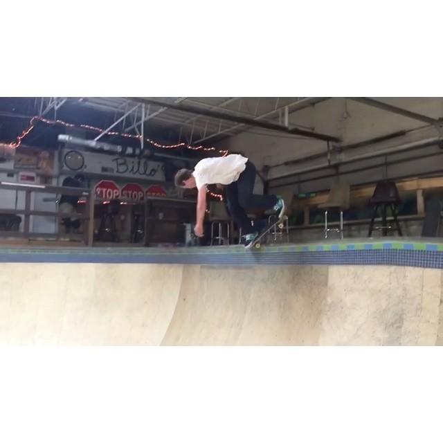 Skating  @naughtiernordy @bradfordbishop #wiskate #danceparty @creamcity