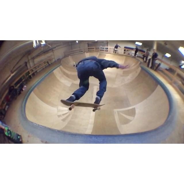 Mo @creamcity w/ @hankstagramofficial @bittercap @patboyles #wiskate #milwaukeeskateboarding #billosbowl